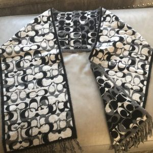 Coach  Black & Grey Wool Scarf with C pattern